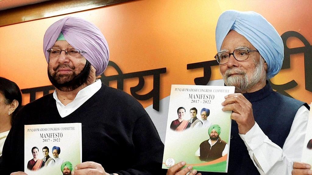 Manmohan Singh Releases Congress' Punjab Assembly Polls Manifesto