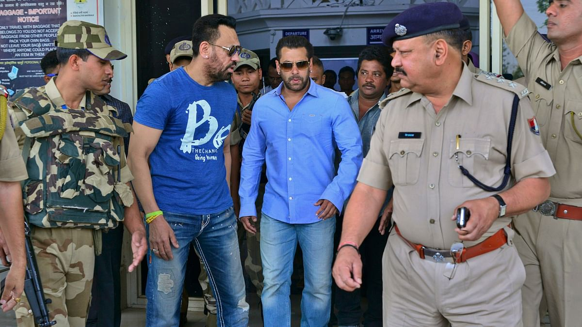 Salman Khan arrives at the Jodhpur civil airport to appear before a court in Jodhpur on 29 April 2015. File photo.