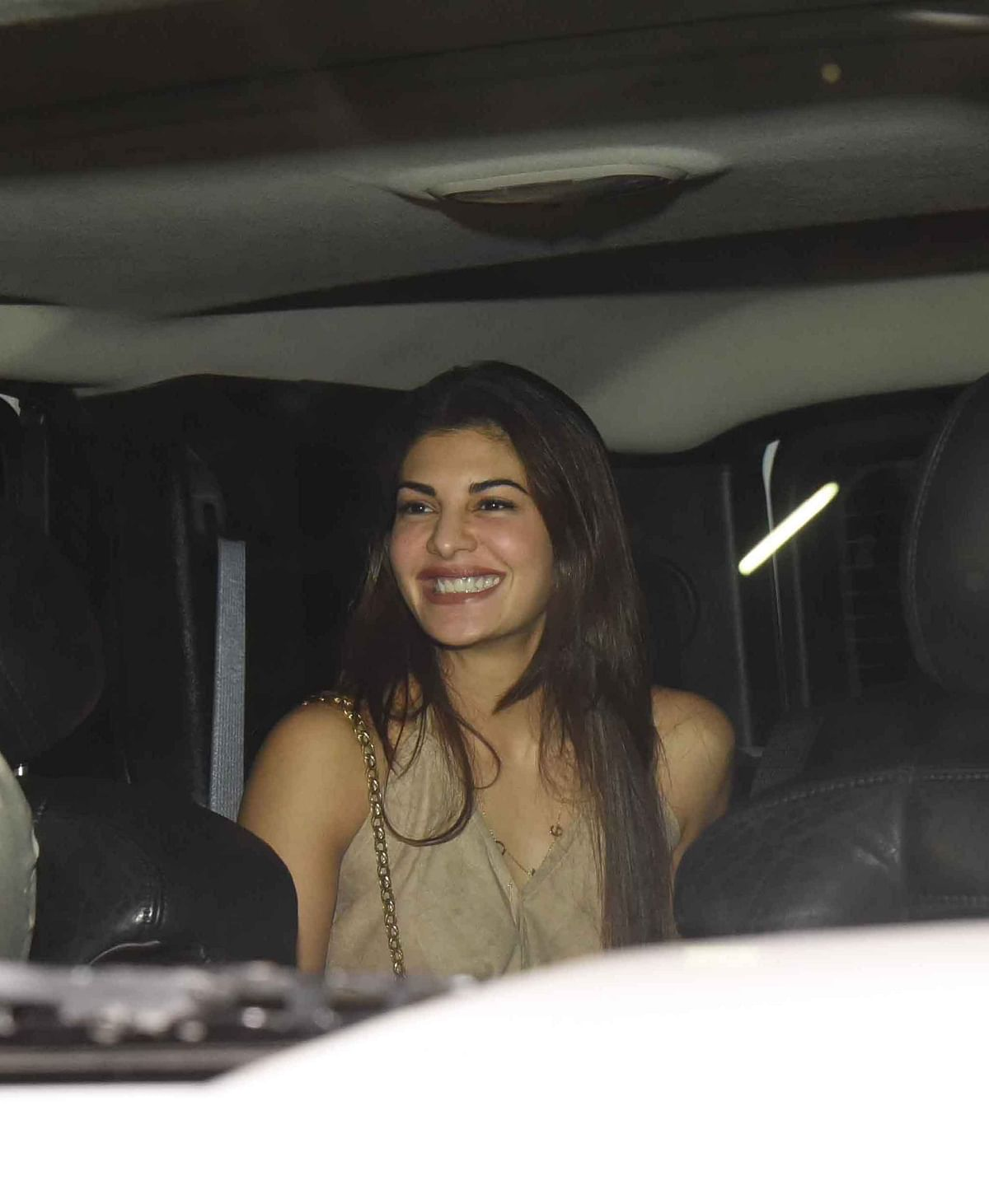 Jacqueline Fernandez smiles for the camera. (Photo: Yogen Shah)