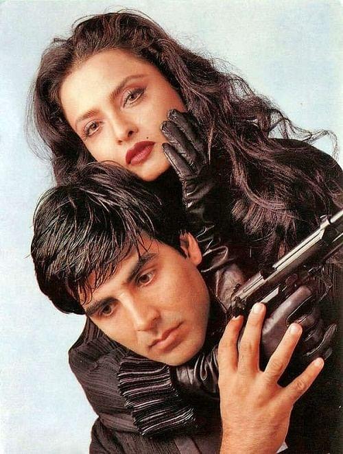 Rekha and Akshay Kumar in a publicity still for <i>Khiladiyon Ka Khiladi.</i>