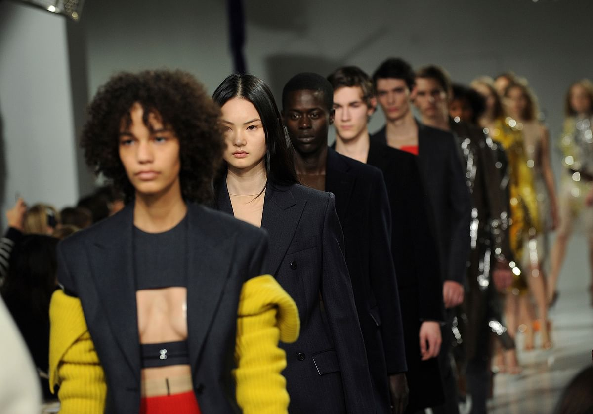 The Calvin Klein fashion collection is modeled during Fashion Week in New York on Friday, 10 February 2017. (AP Photo/Diane Bondareff)