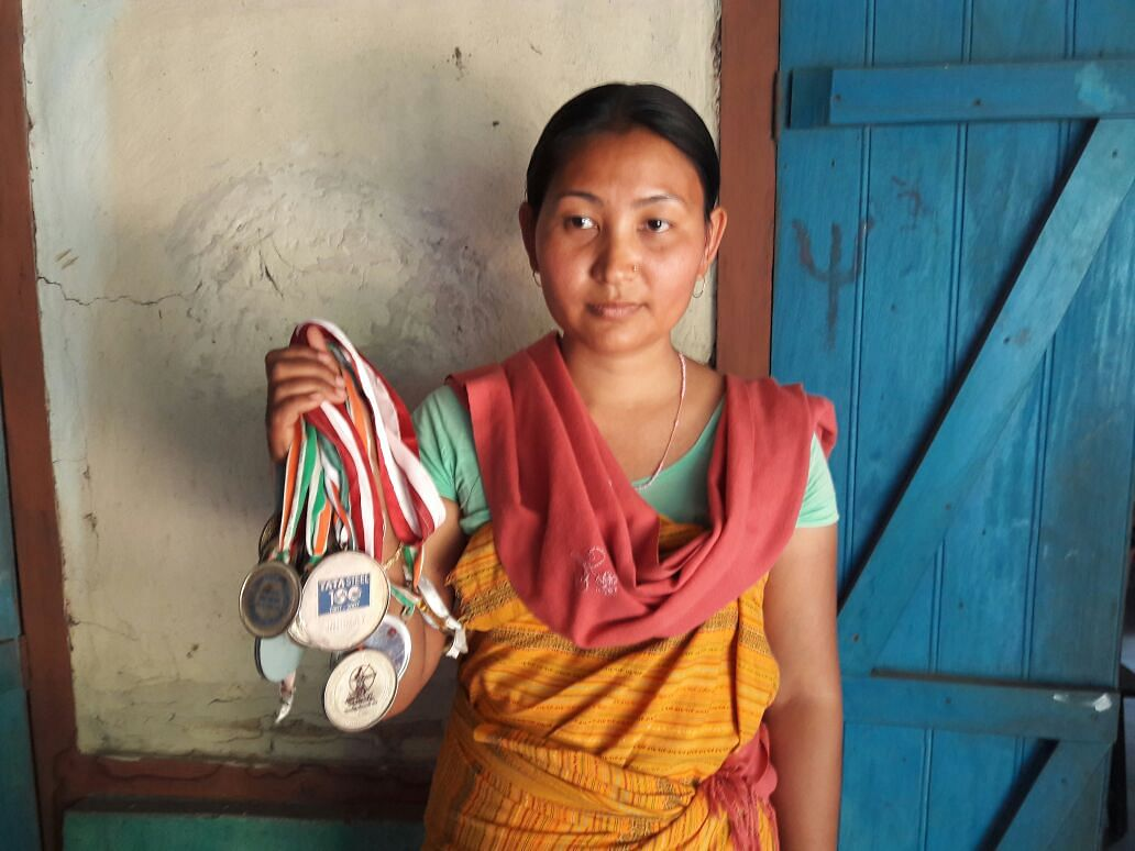 Buli holds on to her medals in the hope that they can get her a government job (Photo: <b>The Quint </b>/ Anjana Dutta)