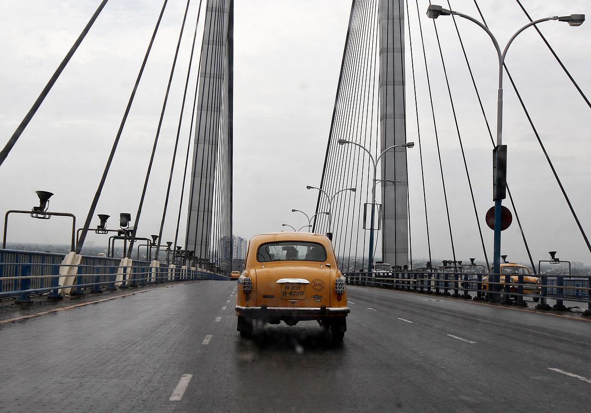 Kolkata continues to keep the yellow Ambassador taxi tradition going. (Photo: Reuters)