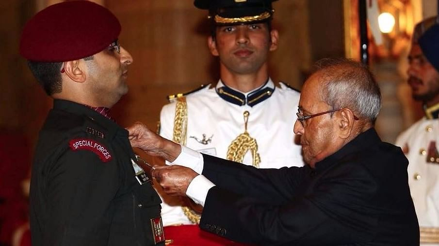 Surgical Strike Heroes Honoured With Gallantry Awards By President