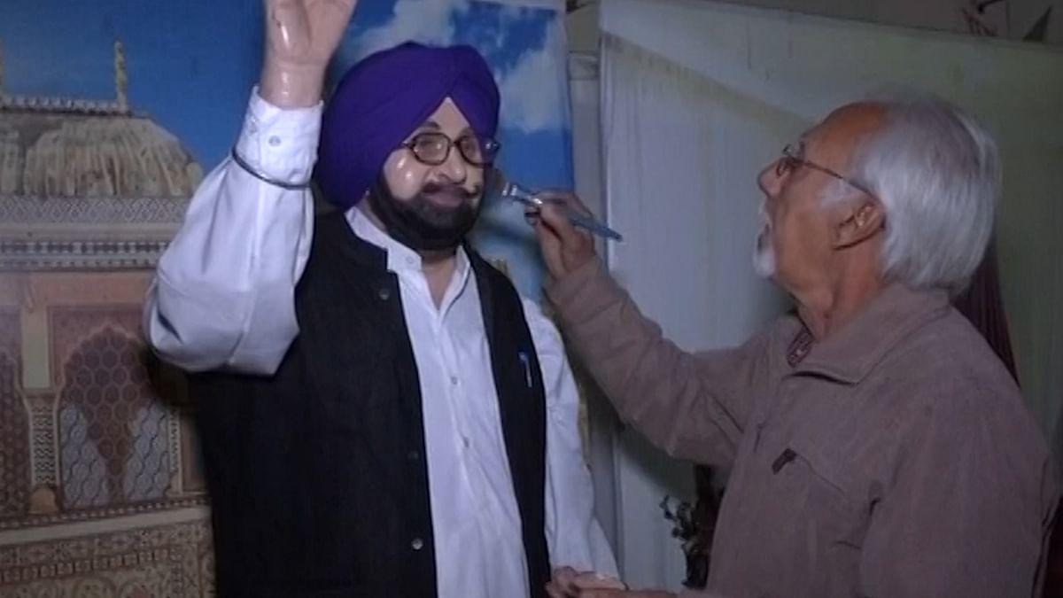 New Punjab CM Captain Amarinder Singh Gets a Wax Lookalike