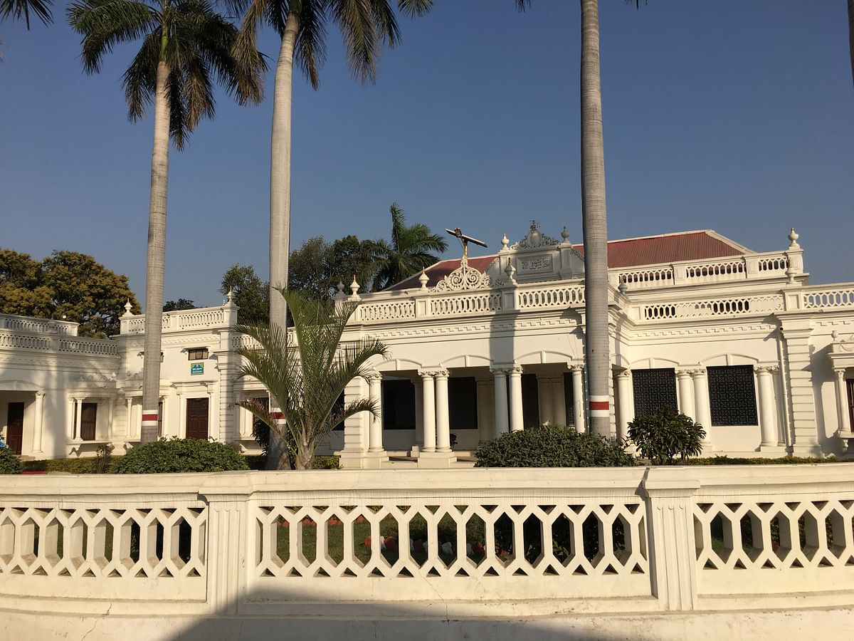 The Shibli Academy, is a research academy in Azmagarh, which was established in 1914. (Photo: Maanvi/<b>The Quint</b>)