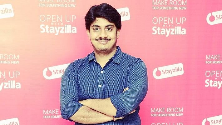"Yogendra Vasupal, CEO of Stayzilla. (Photo Courtesy: <a href=""https://officechai.com/news/stayzilla-founder-yogendra-vasupal-arrested/#sthash.lhtO0MOe.dpbs"">OfficeChai</a>/ Altered by <b>The Quint</b>)"