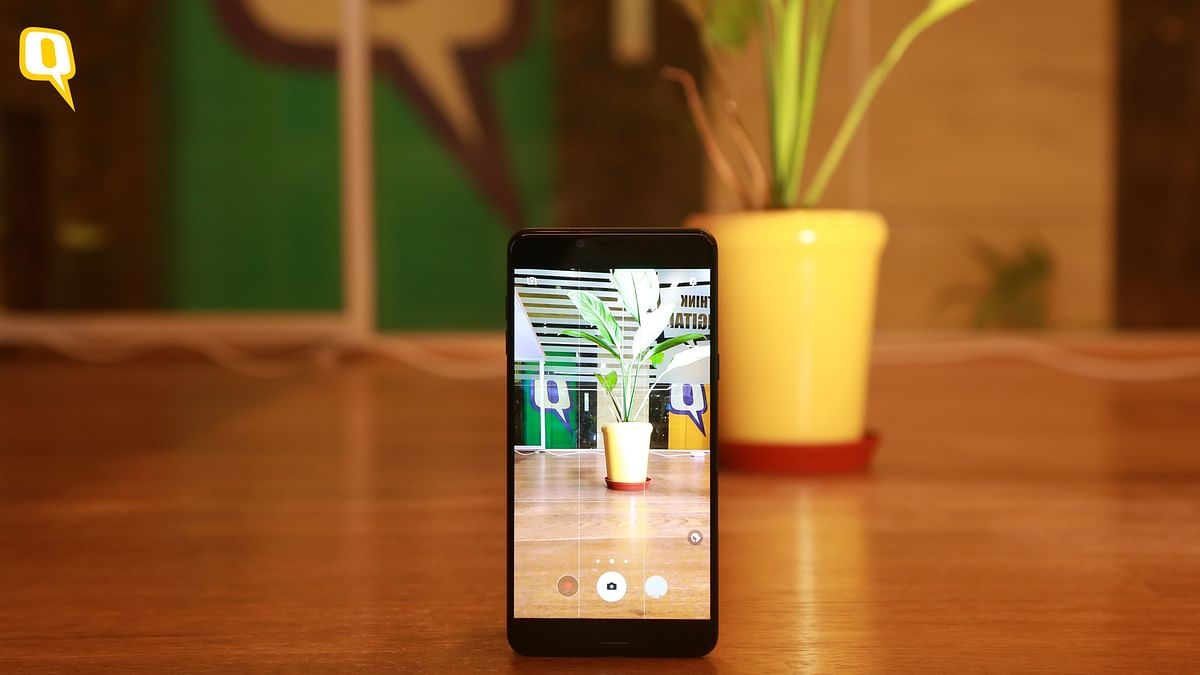 Samsung C9 Pro Review: Cheaper Galaxy Note, Won't Blow Your Mind