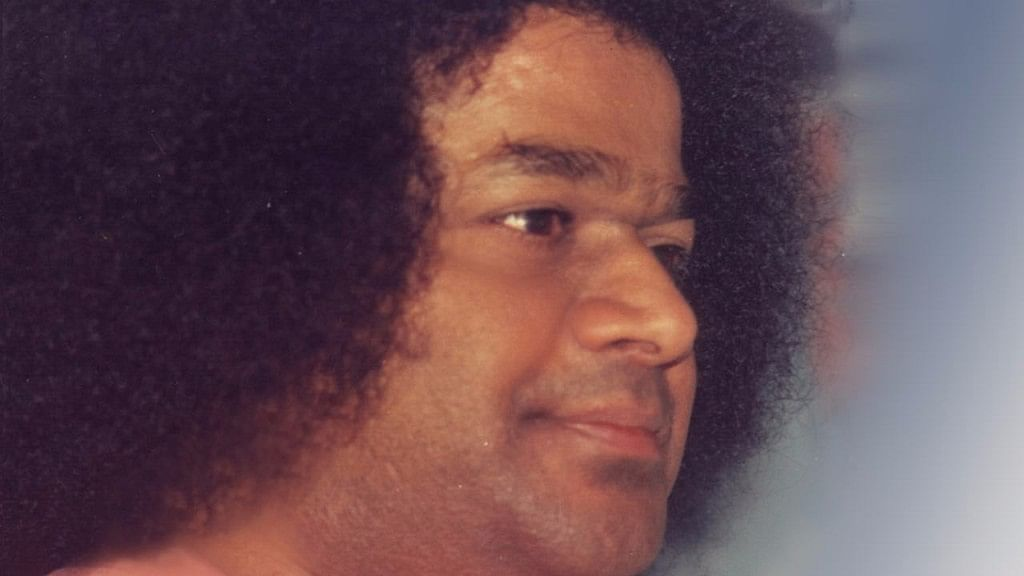 Miracles, Controversy & Charity: Life & Legacy of Sathya Sai Baba