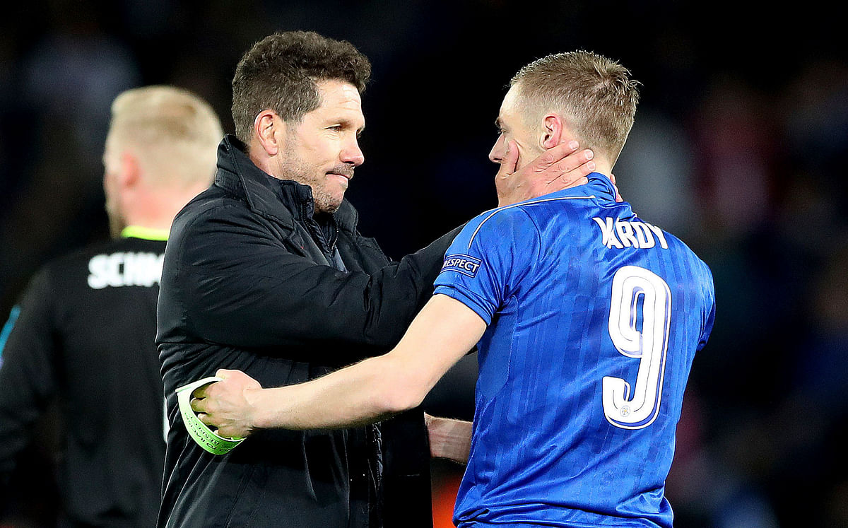 Atletico Madrid manager Diego Simeone embraces Leicester City's Jamie Vardy after the second leg of the UEFA Champions League quarter final match at the King Power Stadium, Leicester. (Photo: AP)
