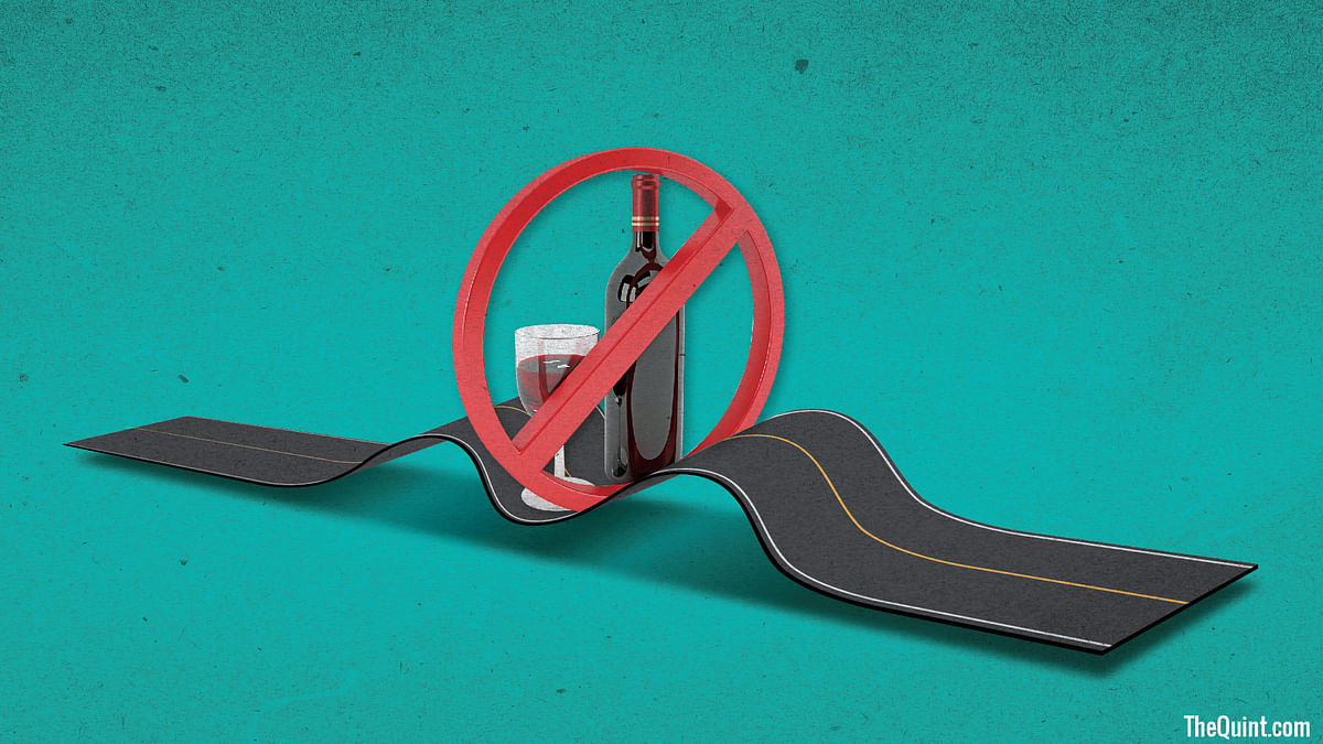 A lot of confusion still prevails over the SC ban on sale of liquor along Indian highways. What's certain is that it's going to cause huge monetary and job losses. (Infographic: Harsh Sahani/<b>The Quint</b>)