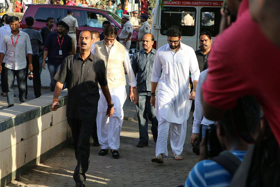Amitabh and Abhishek Bachchan at the funeral. (Photo: Yogen Shah)
