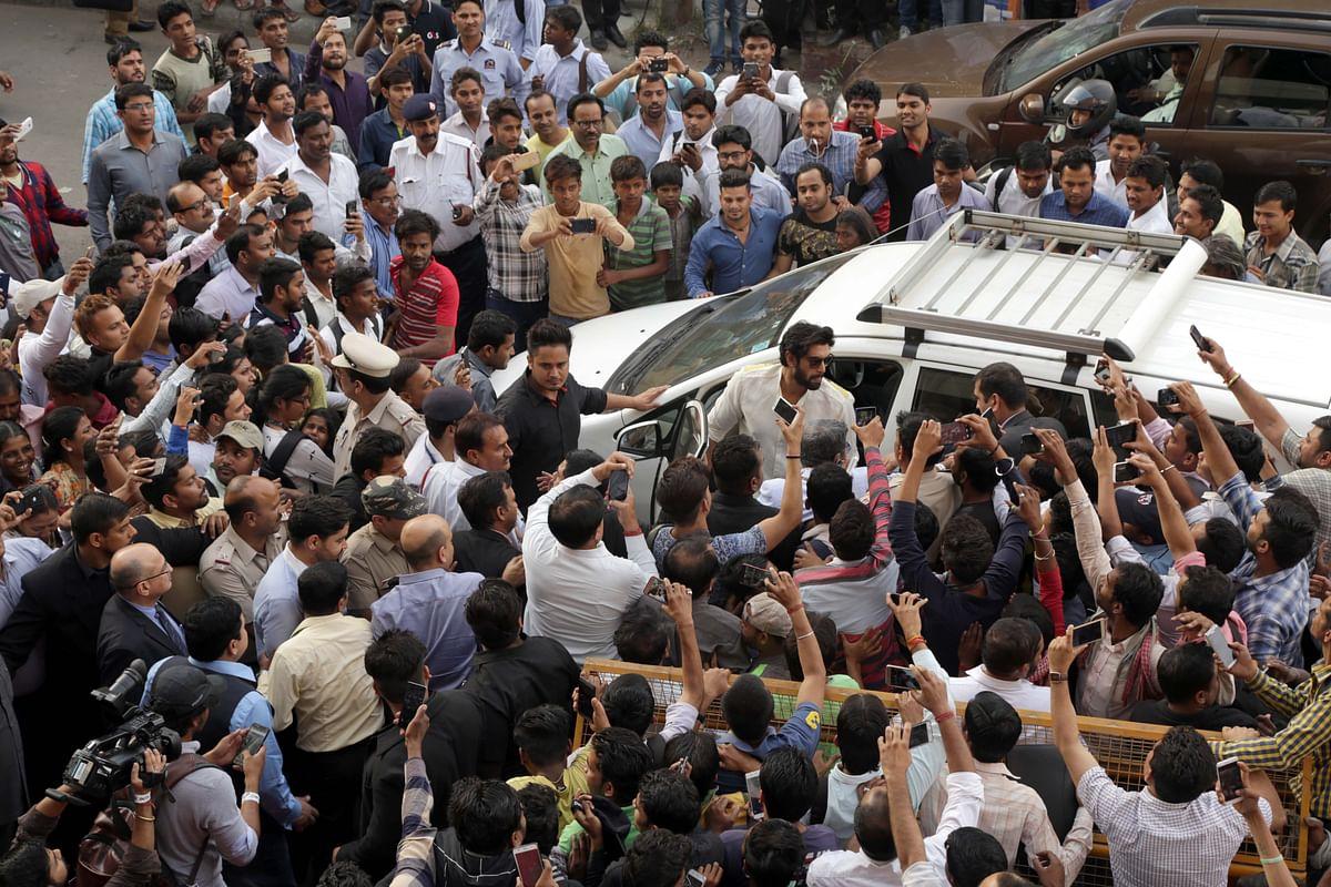 Rana Daggubati gets a roaring welcome. (Photo: Yogen Shah)