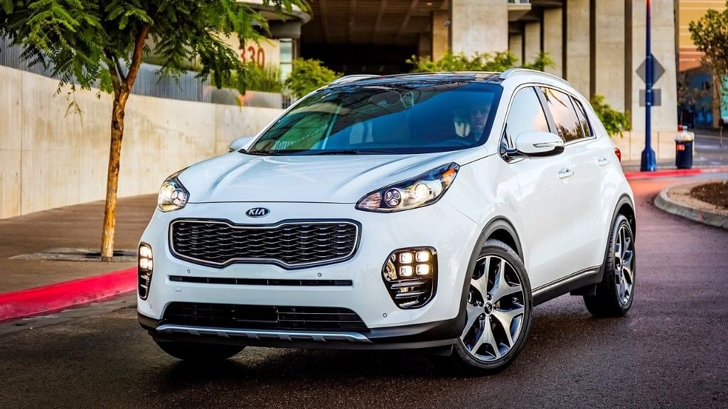 """The Kia Sportage may be one of the compact SUVs planned for India. (Photo courtesy: <a href=""""https://www.netcarshow.com/kia/2017-sportage_us-version/1280x960/wallpaper_02.htm"""">Netcarshow</a>)"""
