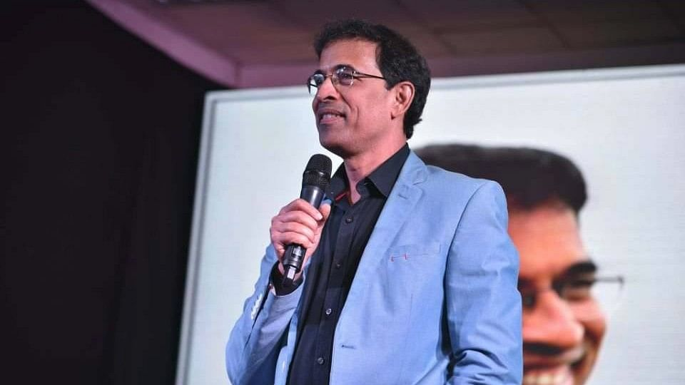 Harsha Bhogle appeals to politicians and his generation in a Facebook post, addressing the recent anti-CAA protests.