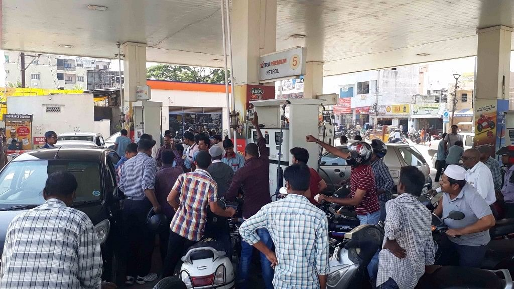 This move is expected to reduce the long queues at fuel stations. (Photo: IANS)