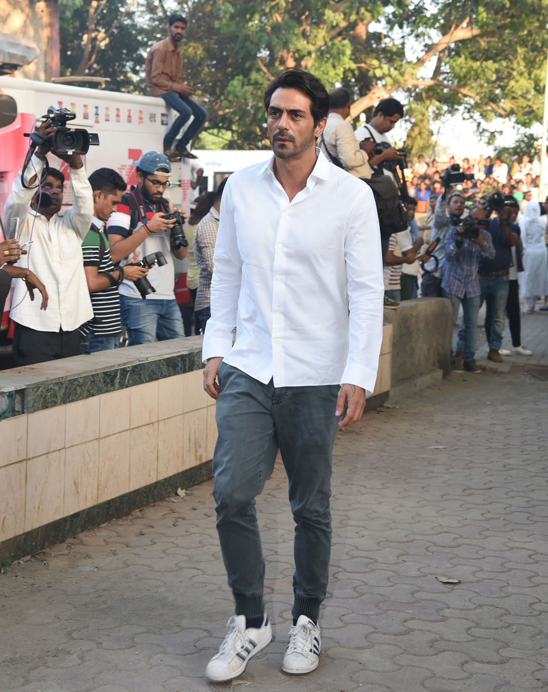Arjun Rampal, who wrote a heartfelt goodbye to the late actor on social media, also came to pay his respects. (Photo: Yogen Shah)