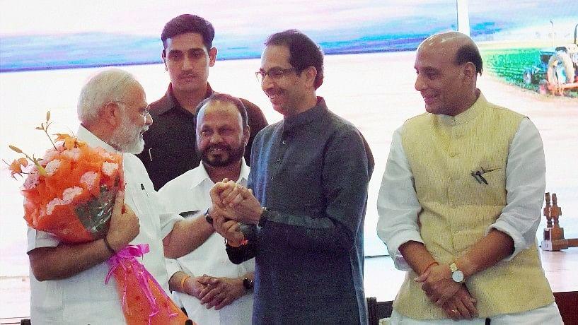 PM Narendra Modi and BJP President Amit Shah's dinner diplomacy was held at Delhi's Pravasi Kendra on Monday evening. (Photo: PTI)