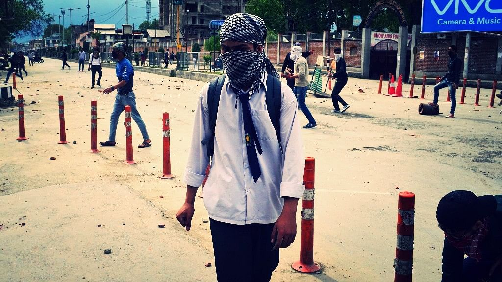 Kashmir erupted in clashes between students and security forces. (Photo Courtesy: Syed Shahriyar)