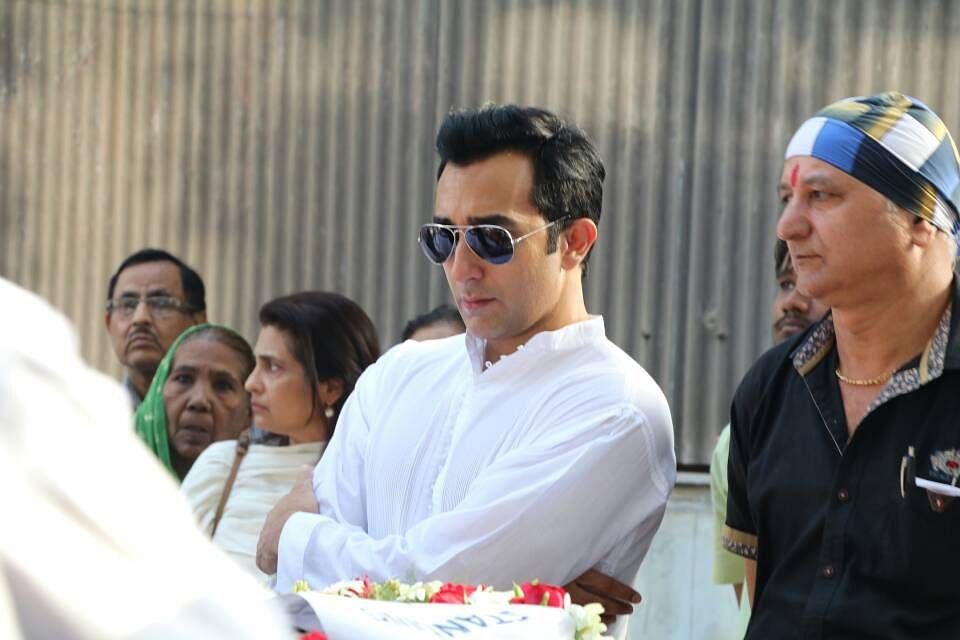 Rahul Khanna at the funeral. (Photo: Yogen Shah)
