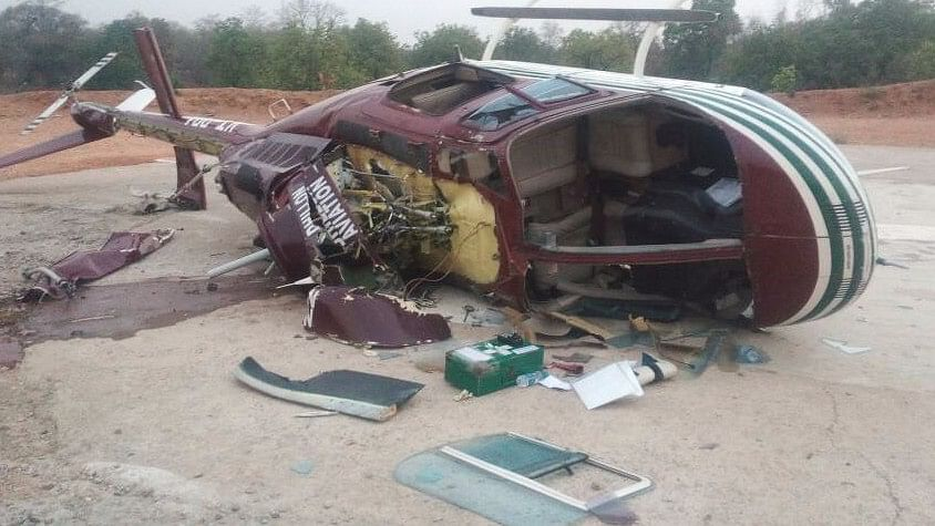 Helicopter Carrying CoBRA Commandos Crash-Lands, 5 Injured
