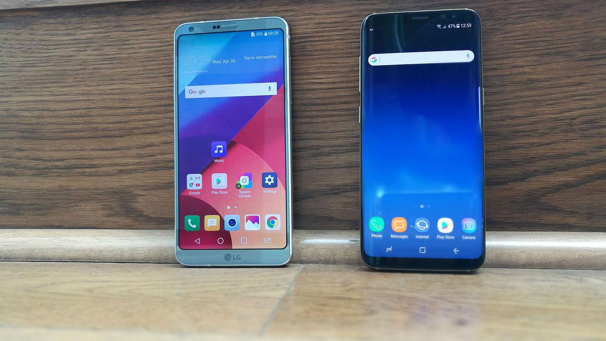 3000mAh on the Galaxy S8 vs the LG G6. (Photo: <b>The Quint</b>)