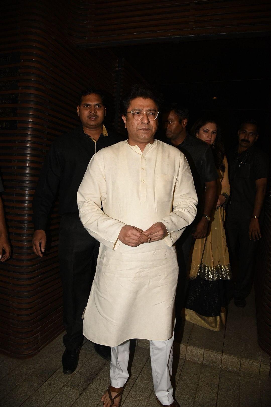 Raj Thackeray makes an appearance in all white. (Photo: Yogen Shah)