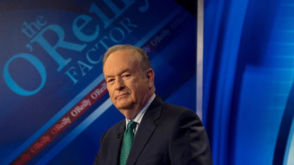 """Fox News Channel host Bill O'Reilly poses on the set of his show """"The O'Reilly Factor"""". (Photo: Reuters)"""