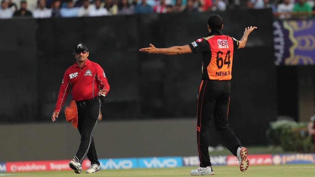 Ashish Nehra appeals during Sunrisers Hyderabad match against Kolkata Knight Riders on Saturday. (Photo: BCCI)