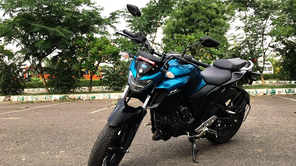 Yamaha FZ25 is their first 250cc powered bike. (Photo: <b>The Quint</b>)