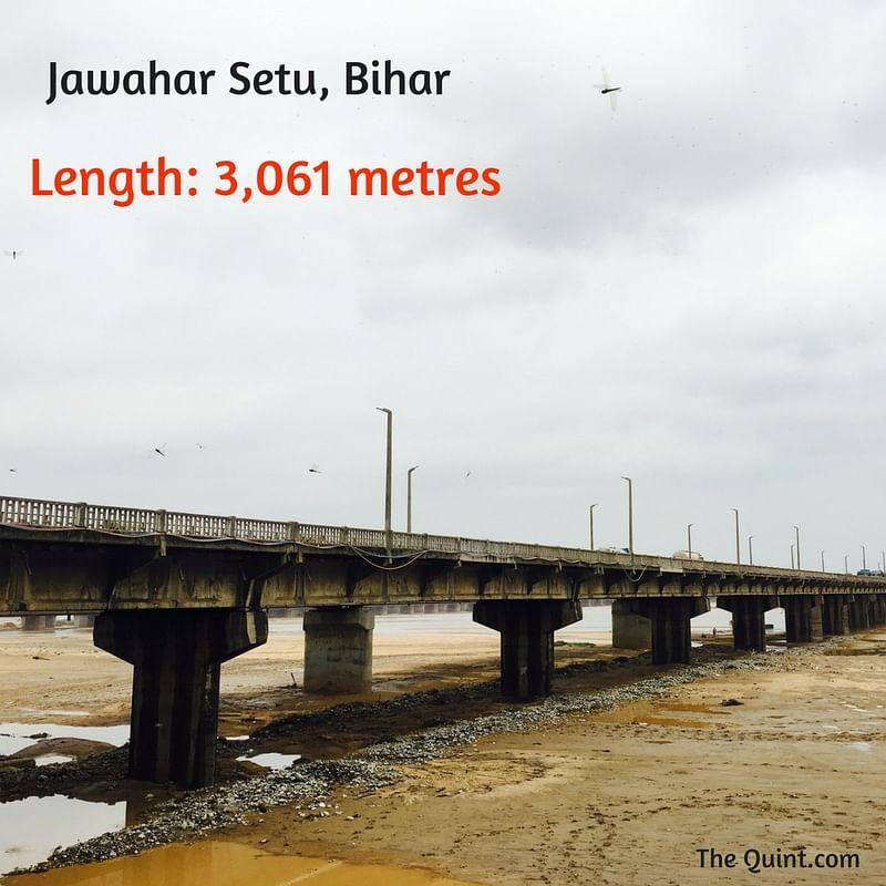 "(Photo Courtesy:<a href=""https://upload.wikimedia.org/wikipedia/commons/thumb/6/6d/Jawahar_Setu_Dehri-On-Sone.jpg/220px-Jawahar_Setu_Dehri-On-Sone.jpg""> Wikimedia Commons</a>)"