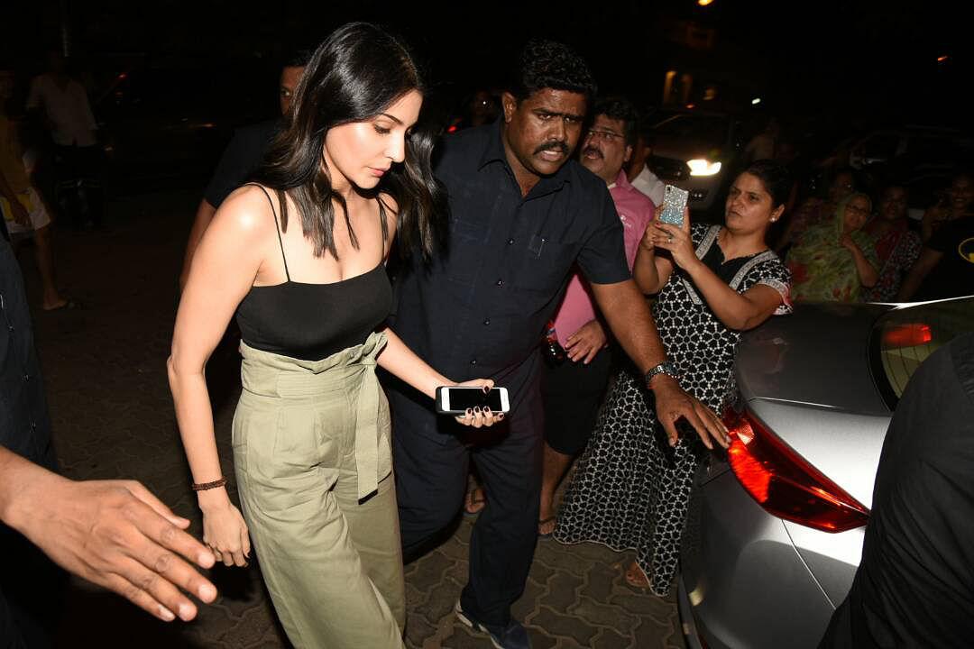 Anushka Sharma arrives for the bash. (Photo: Yogen Shah)
