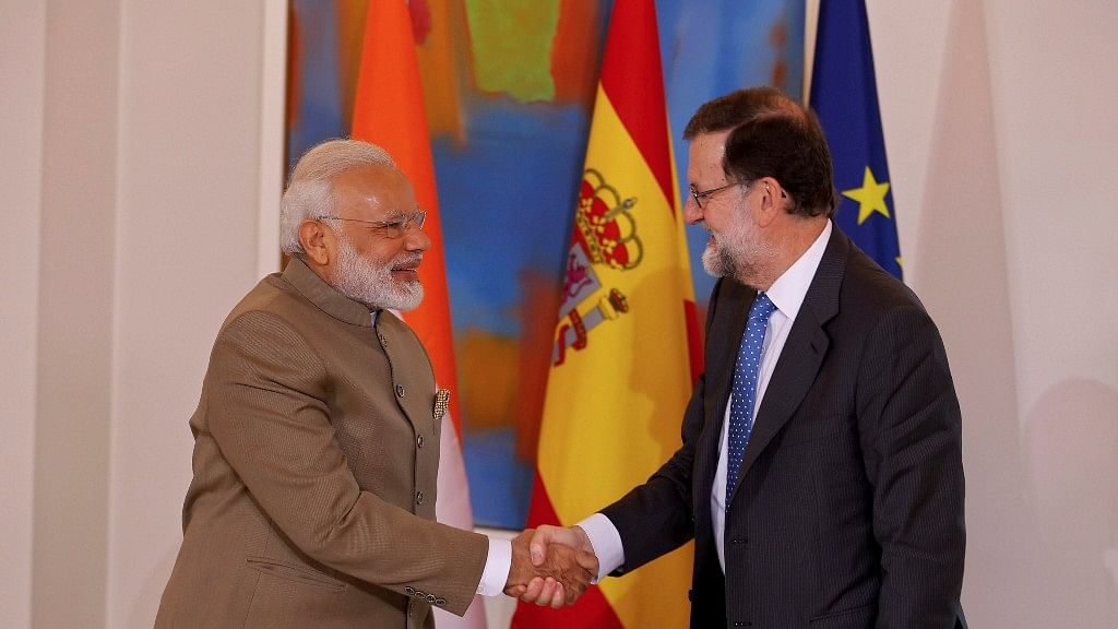 Prime Minister Narendra Modi, left, shakes hands with Spanish Premier Mariano Rajoy before a meeting at the Moncloa Palace in Madrid (Photo: PTI)