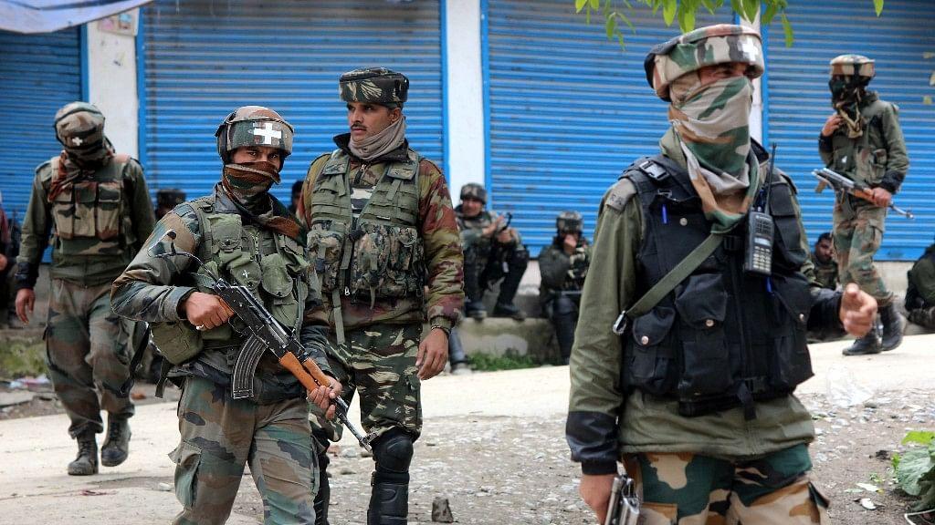 Dy SP Davinder Singh Suspended, Had 'Sheltered Terrorists'
