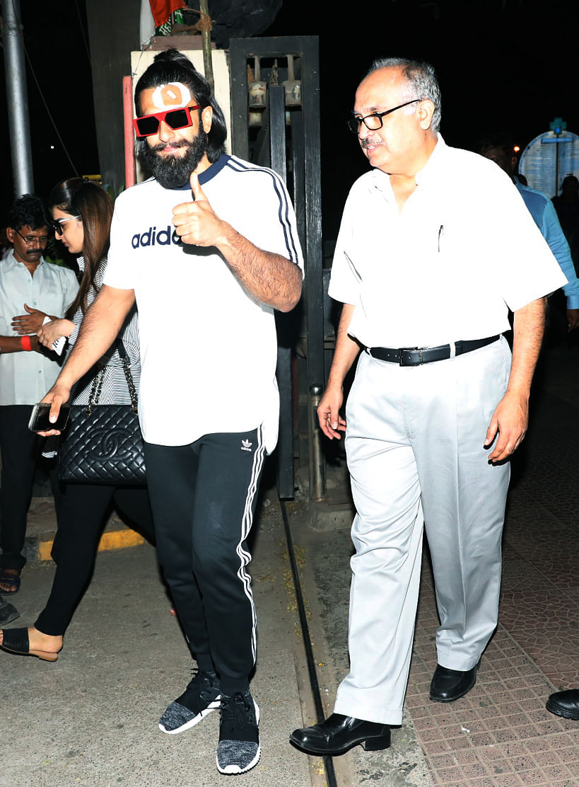 Ranveer walks out the hospital. (Photo: Yogen Shah)