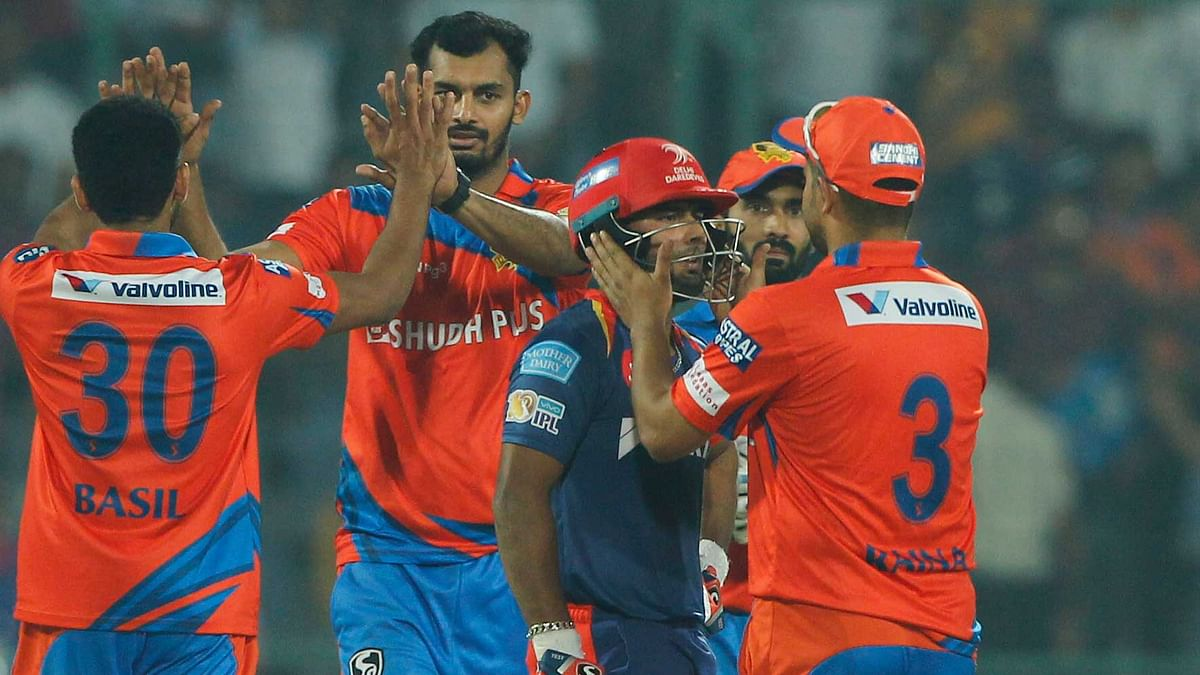 Suresh Raina ran across to console Rishant Pant after he fell on 97. (Photo: BCCI)