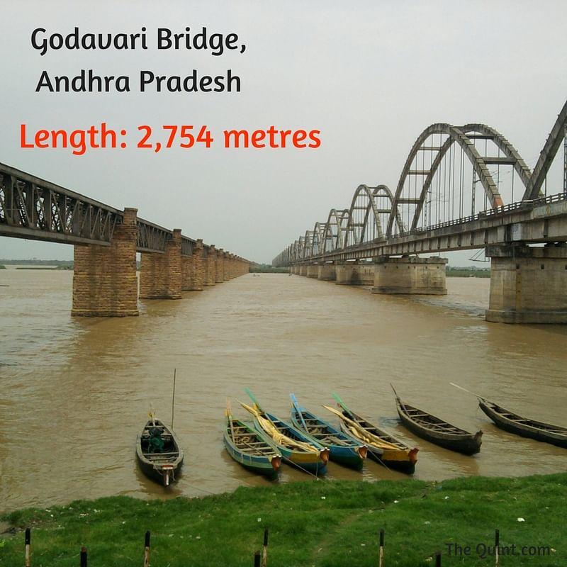 "(Photo Courtesy:<a href=""https://commons.wikimedia.org/wiki/File:Godavari_Bridge.jpg""> Wikimedia Commons</a>/ Ramesh Ramaiah)"