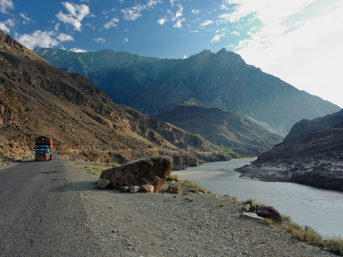 The Indus River from the Karakoram Highway (Photo Courtesy: Wikimedia Commons)