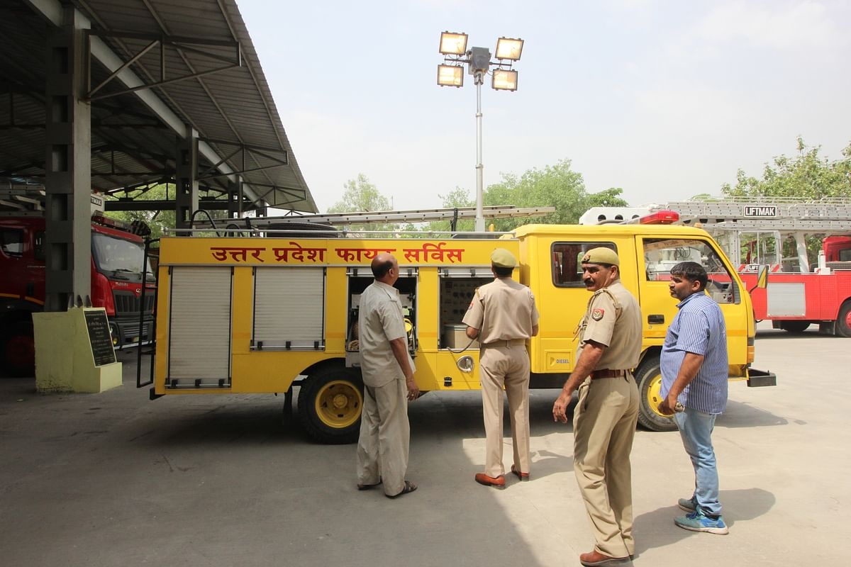 """One of the key vehicles in the unit, the """"disaster van"""" is the firemen's darling. (Photo: Abhilash Mallick/<b>The Quint</b>)"""
