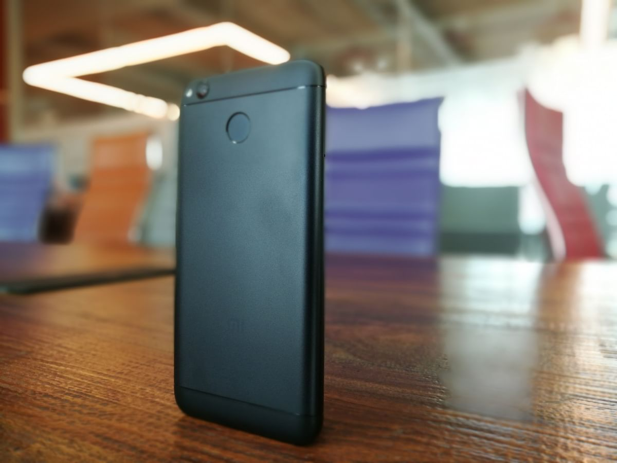 Matte black on the Redmi 4 looks good. (Photo: <b>The Quint</b>)