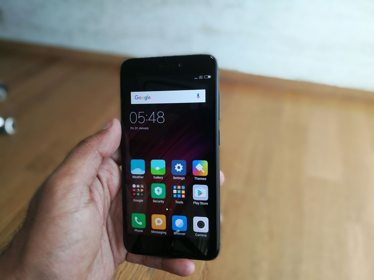 Redmi 4 comes with a 5-inch display. (Photo: <b>The Quint</b>)