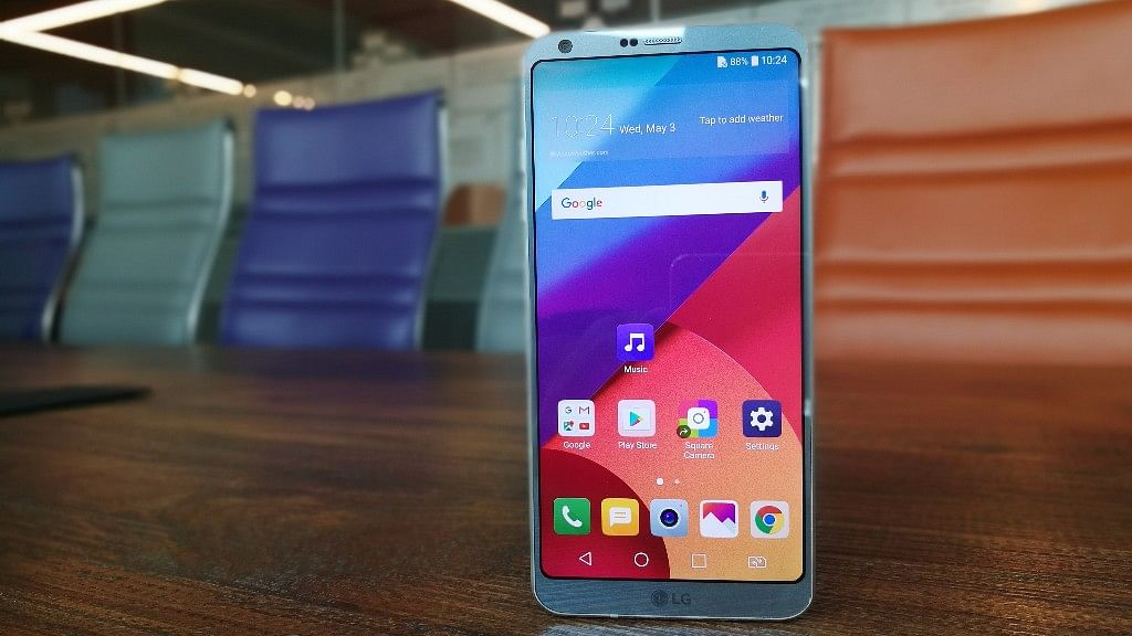 LG G6 comes with Dolby Vision technology. (Photo: <b>The Quint</b>)