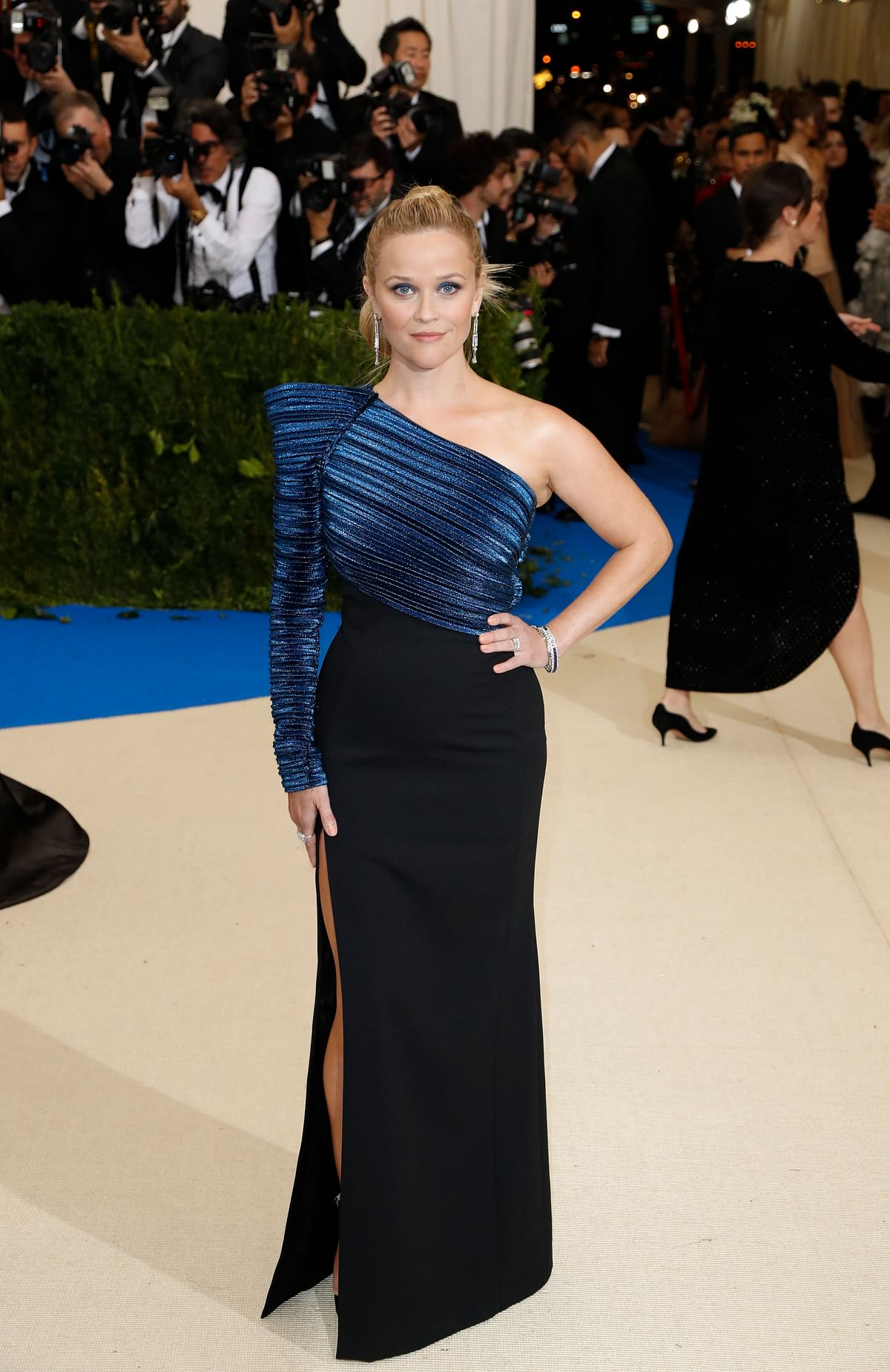 Reese Witherspoon has a hint of the edgy in her look. (Photo: Reuters)