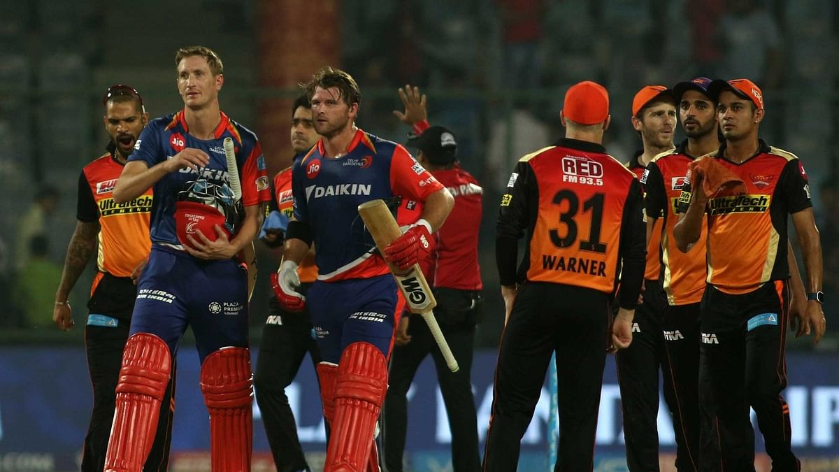 Delhi players walk off the field after chasing down 186. (Photo: IANS)