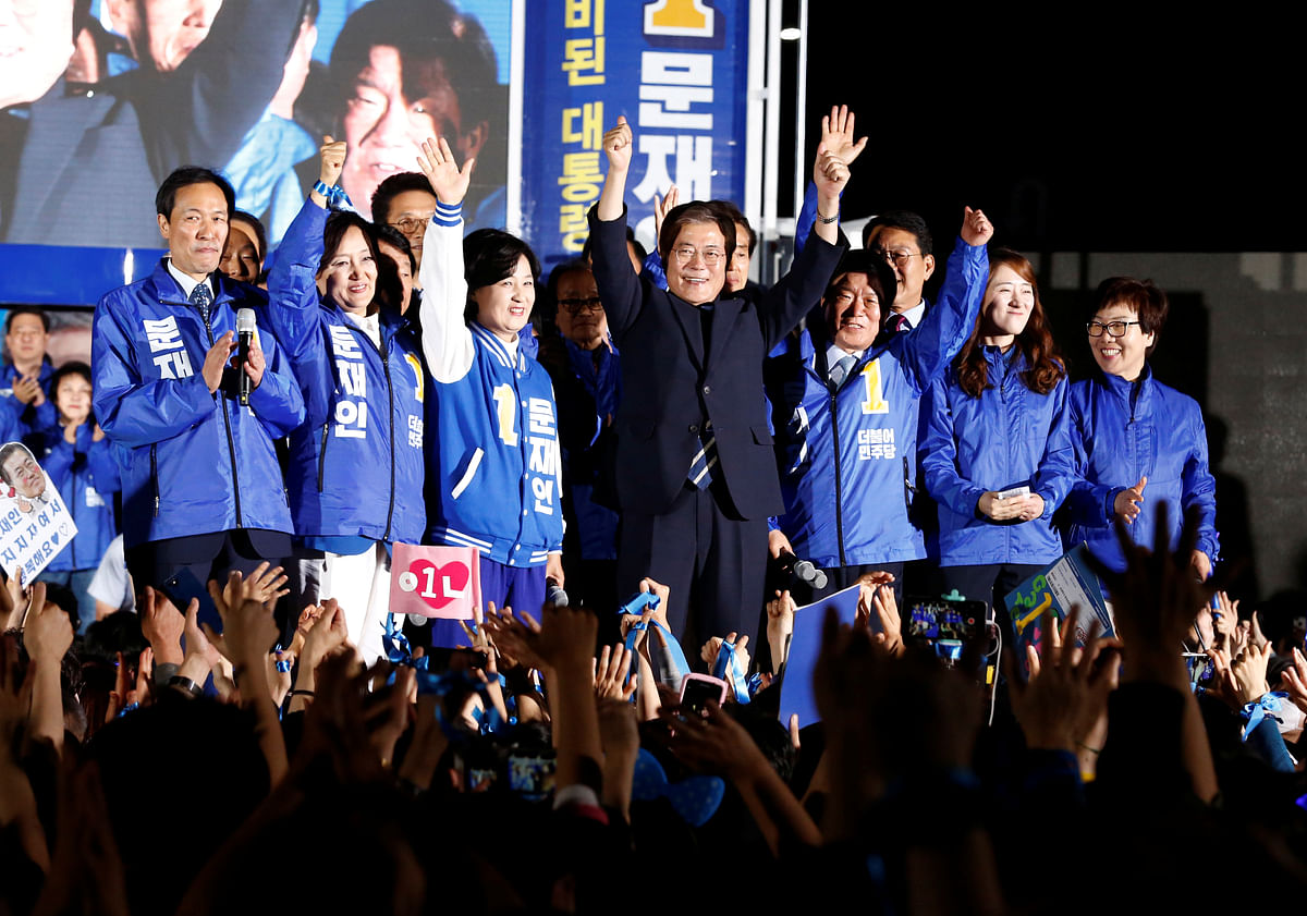 Moon Jae-in, the presidential candidate of the Democratic Party of Korea, attends his election campaign rally in Seoul, South Korea. (Photo: Reuters)