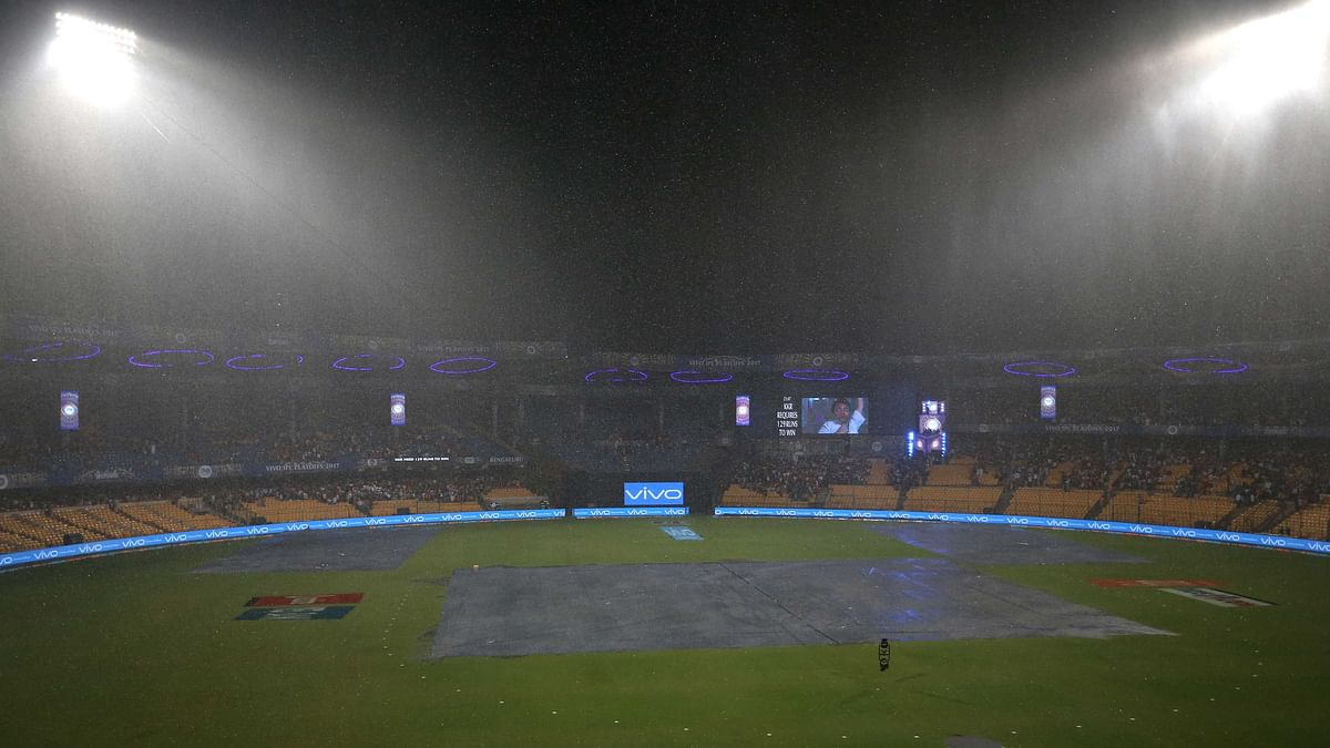 Rain forced the SRH vs KKR eliminator to be decided in 5 overs. (Photo: BCCI)