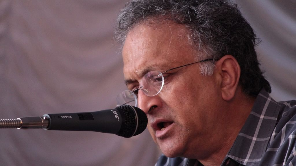 Army's  Award to Major Gogoi Counterproductive: Ramachandra Guha