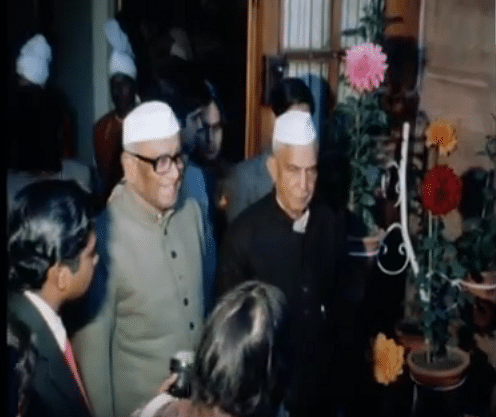 Sanjiva Reddy (centre). (Photo Courtesy: YouTube Screengrab/ AP)