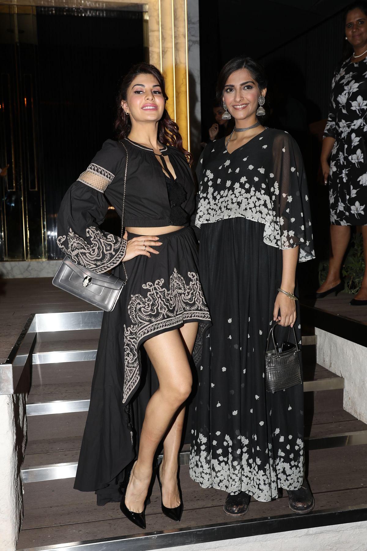 Looks like good pals Jacqueline Fernandez and Sonam Kapoor matched their dresses. (Photo: Yogen Shah)
