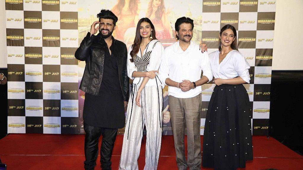 Arjun Kapoor with Athiya Shetty, Anil Kapoor and Ileana D'Cruz.